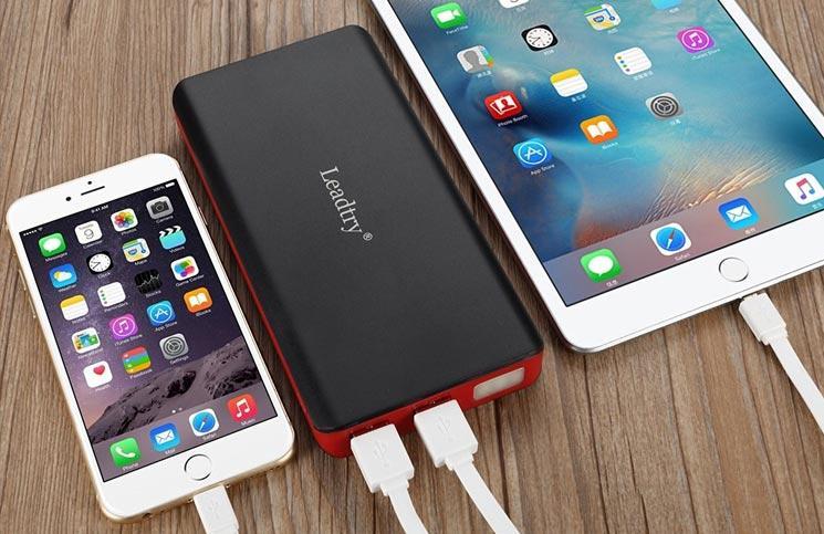 Gunakan power bank untuk daya tahan baterai yang lebih lama