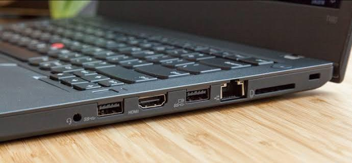 Port konektor laptop editing